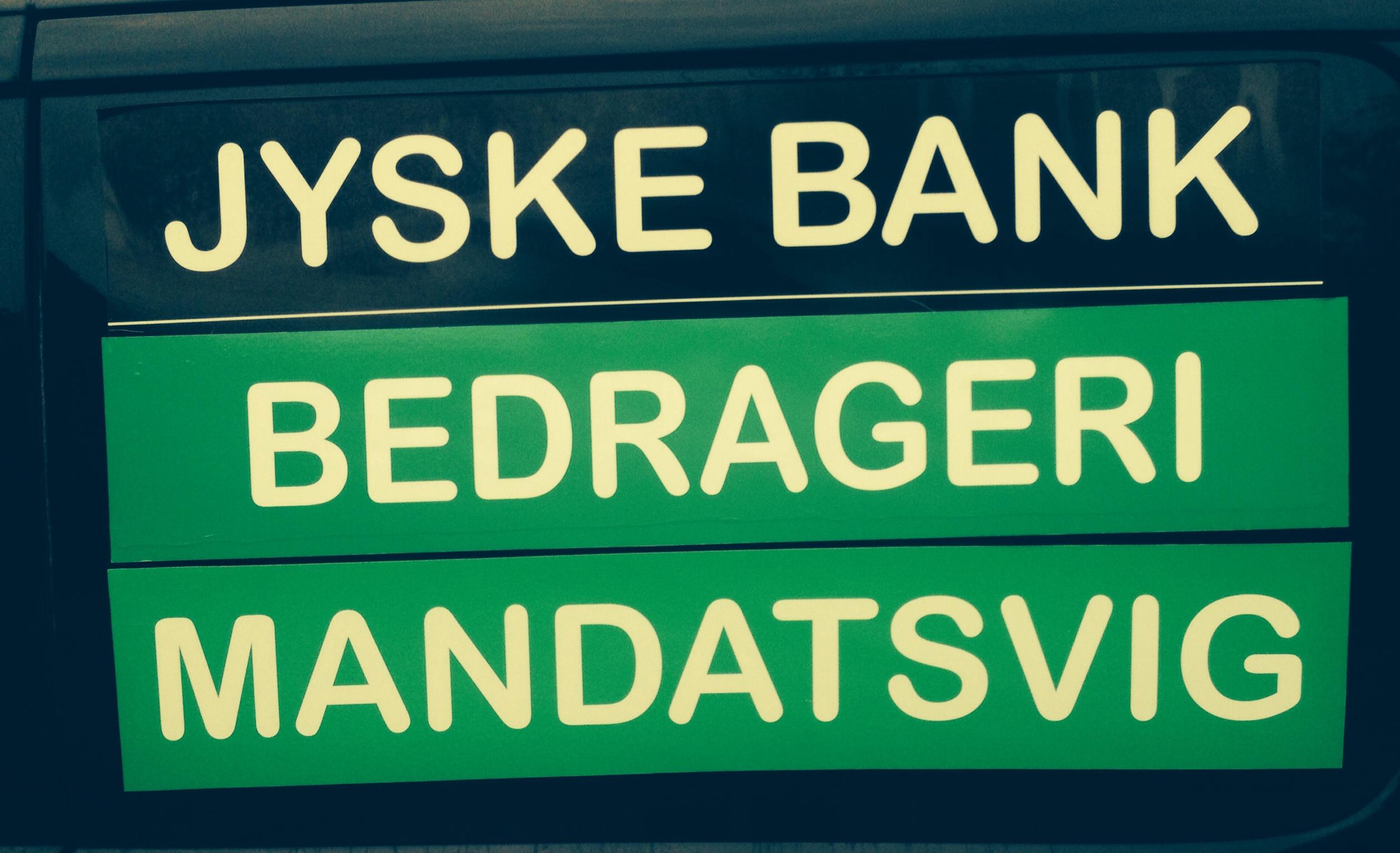 ADVARSEL MOD STOR DANSK BANK. Når man som kunder i jyskebank åbenlyst bliver bedraget, og Jyske Banks direktion ved det. Men i ond tro lader jyske bank svindle deres kunder, ved hjælp af svig falsk. Hvad kan man så gøre når, jyske bank og deres løgnagtige advokater i Lund Elmer Sandager nægter at kommunikerer. Vi kan kun ADVARER DIG I MOD AT STOLE PÅ JYSKE BANK. DA JYSKE BANK BEVIST LYVER OVERFOR OS KUNDER. Jyske bank indbydes igen til dialog møde, for at gennemgå sagen mod jyske bank for svindlen. :-) I DANMARK STØTTER STATEN BANKERNE DER SOM TAK BEDRAGER DERES KUNDER VED SVIG OG FALSK :-) :-) JYSKE BANK OPFORDRES IGEN TIL PÅ JYSKE BANK TV, AT DULERER ER JYSKE BANK BEDRAGERISK ELLER HÆDERLIG Tør CEO Anders Dam tage opfordring om en offenlig debat Således vi kan gå vores sag om svindel i jyske bank mod familien igennem. :-) Det er handler om bedrageri svindel svig falsk mandatsvig dokumentfalsk manipulation udnyttelse mm. kort sagt Det handler om jyske bank :-) Familien som jyske bank her bedraget i en periode på 9 år. Heraf har jyske bank været bevist om at svindlen var opdaget senest i maj 2016 men CEO Anders Dam valgte at fortsætte bedrageri, og nægte familien dialog. :-) :-) Er lige oplyst af en som ringede, at jyske bank har modtaget 4 bankpakker. Og at flere af de danske banker er statstøttet. :-) :-) Måske derfor lader den Danske Stat Jyske bank overtræde love og regler på stribe. Det er jo åbenbart de danske banker det styre staten, så national banken ingen indflydelse har på dansk økonomi. :-) Hvem vil tage sagen op om de DANSKE BANKER DER SVINDLER. :-) :-) :-) Her er lidt billeder på div. Sprog Hvad ville du gøre når du opdager JYSKE BANK laver bedrageri Og banken nægter at svare dig :-) Шта бисте урадили када открију ЈИСКЕ БАНК прави превару И банка одбија да вам одговори :-) Financial help for lawyer search In the case against Danish bank jyske bank for fraud. :-) Indsæt dit bidrag her. Insert your contribution here Reg. 5479 konto nr. 0004563376 IBAN-ko